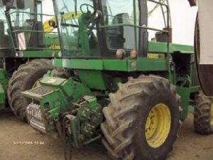 machinery---harvesterjd58204wd1300x0 1174413